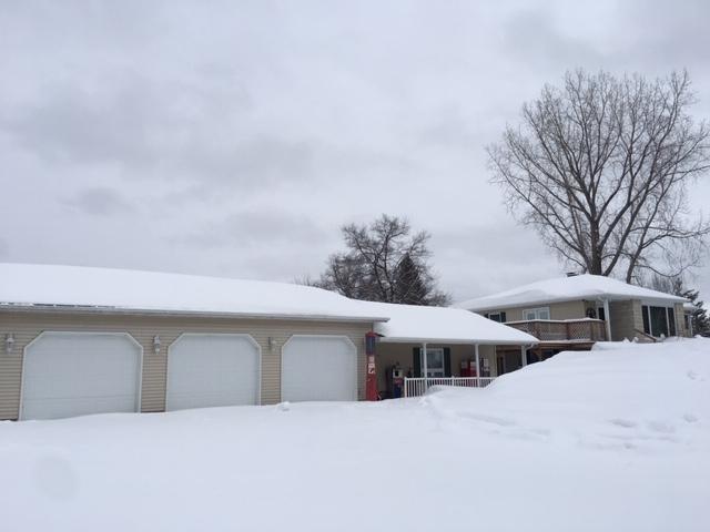 N1201 R-3 Drive, Menominee, MI 49858 (#50198573) :: Todd Wiese Homeselling System, Inc.