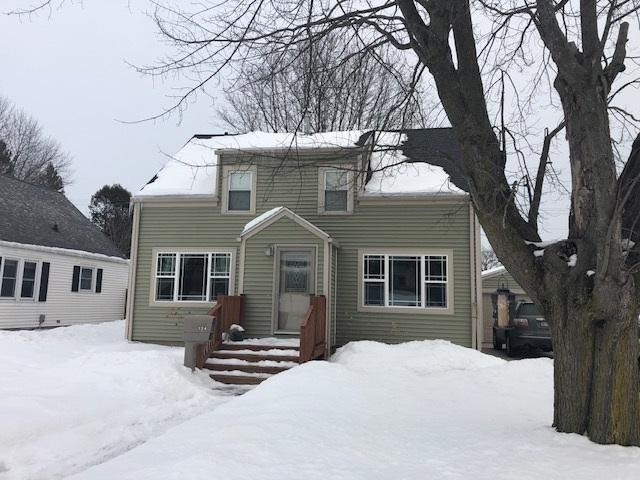 1124 Division Street, Algoma, WI 54201 (#50199096) :: Symes Realty, LLC