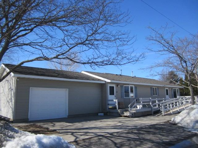 303 Lester Street, Marinette, WI 54143 (#50199763) :: Dallaire Realty