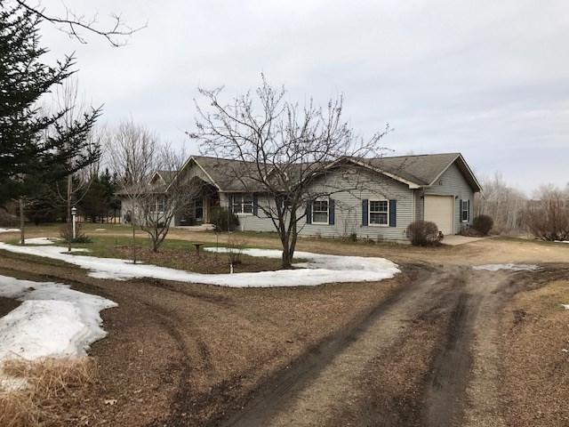 W2070 Eagle Road, Neshkoro, WI 54960 (#50200369) :: Todd Wiese Homeselling System, Inc.