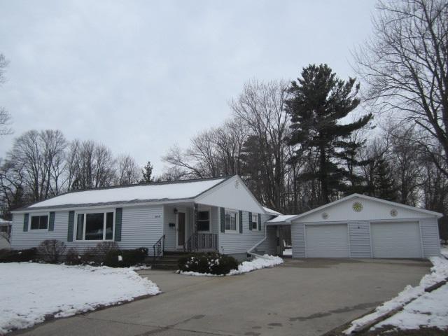 4019 14TH Street, Menominee, MI 49858 (#50200866) :: Todd Wiese Homeselling System, Inc.
