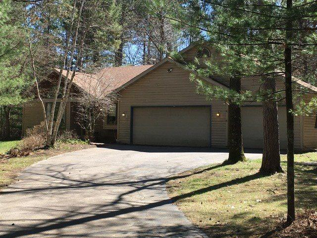 N2076 Majestic Pines Circle, Wautoma, WI 54982 (#50201378) :: Dallaire Realty
