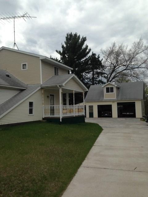 E374 Hwy 22, Waupaca, WI 54981 (#50202952) :: Dallaire Realty