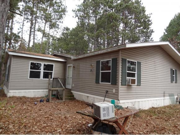 N1391 Mcallister Road, Waupaca, WI 54981 (#50203125) :: Dallaire Realty