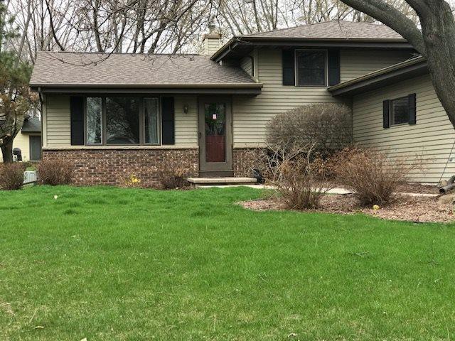 3527 N Mariah Lane, Appleton, WI 54911 (#50203560) :: Todd Wiese Homeselling System, Inc.