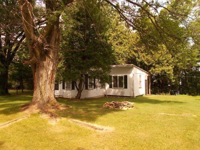 9476 Debroux Court, Sturgeon Bay, WI 54235 (#50203581) :: Dallaire Realty