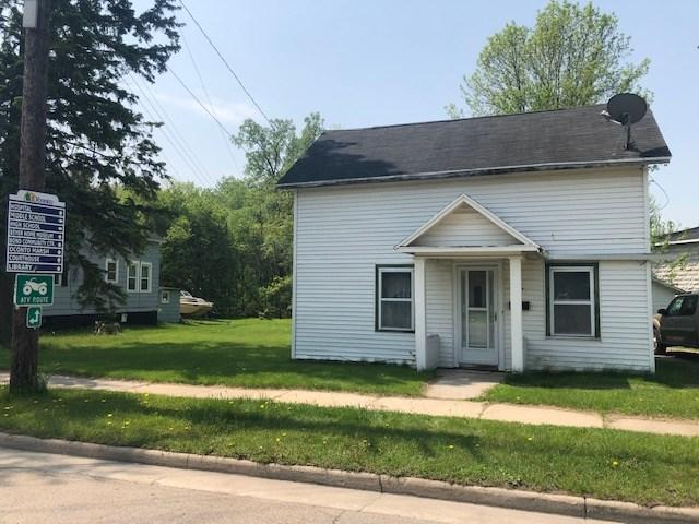 336 Main Street, Oconto, WI 54153 (#50203974) :: Todd Wiese Homeselling System, Inc.