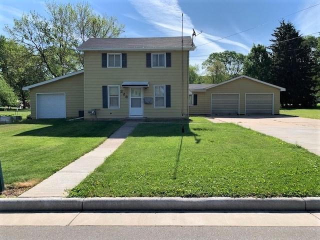 228 Center Street, Berlin, WI 54923 (#50204709) :: Todd Wiese Homeselling System, Inc.