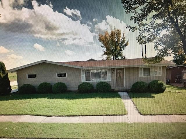 411 E 20TH Street, Kaukauna, WI 54130 (#50204852) :: Dallaire Realty