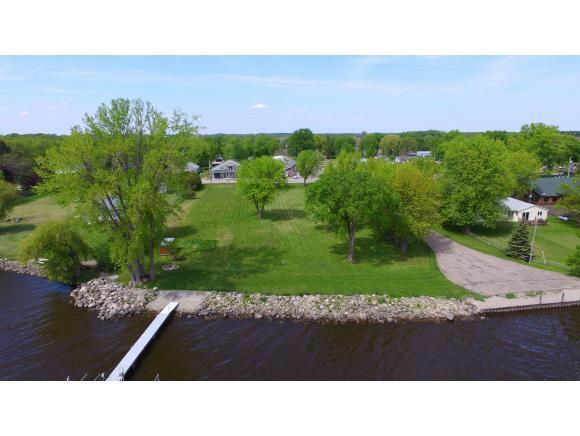 N5085 Center Street, Fremont, WI 54940 (#50204960) :: Todd Wiese Homeselling System, Inc.