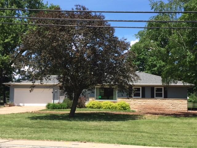 2898 Omro Road, Oshkosh, WI 54904 (#50205211) :: Todd Wiese Homeselling System, Inc.