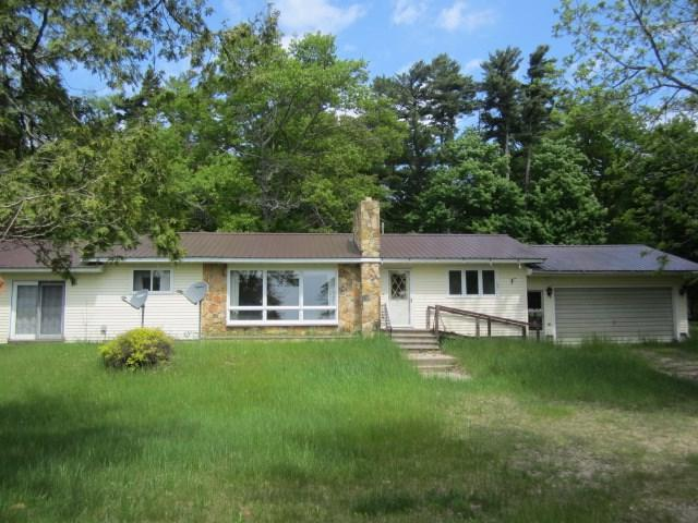 N6615 Hayward Bay Drive, Menominee, WI 49858 (#50205712) :: Dallaire Realty
