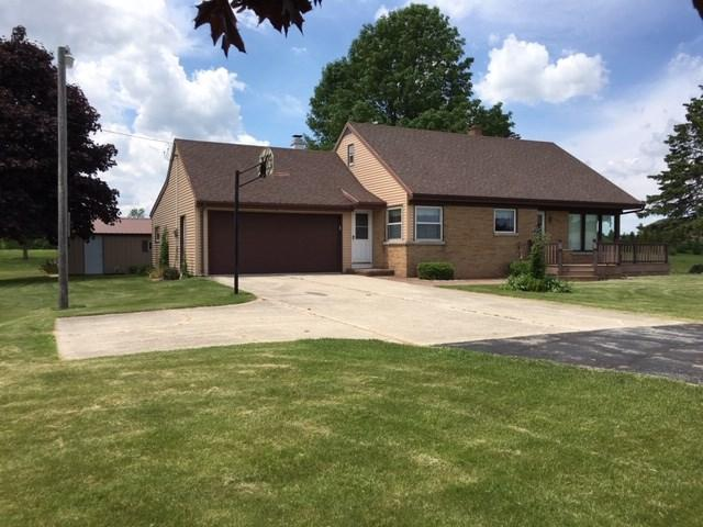 N4627 Hwy 42, Kewaunee, WI 54216 (#50205875) :: Dallaire Realty
