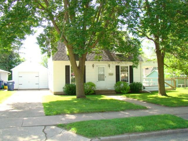 154 Garfield Avenue, Clintonville, WI 54929 (#50205907) :: Symes Realty, LLC