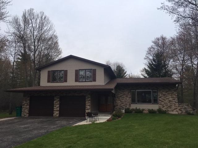 N3724 Cleveland Avenue, Marinette, WI 54143 (#50206009) :: Dallaire Realty
