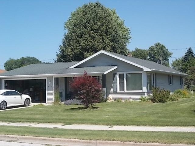 516 Memorial Drive, Chilton, WI 53014 (#50207052) :: Dallaire Realty