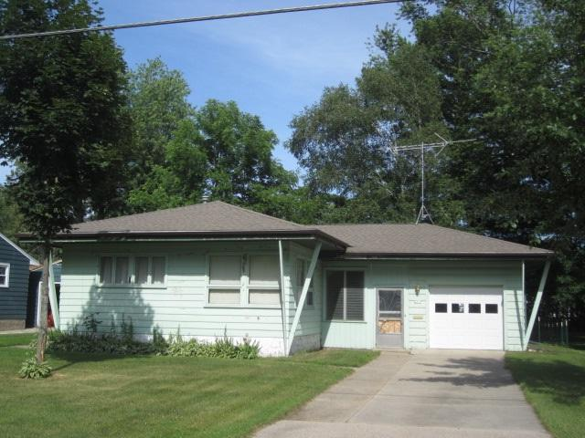 4310 6TH Street, Menominee, MI 49858 (#50207227) :: Dallaire Realty