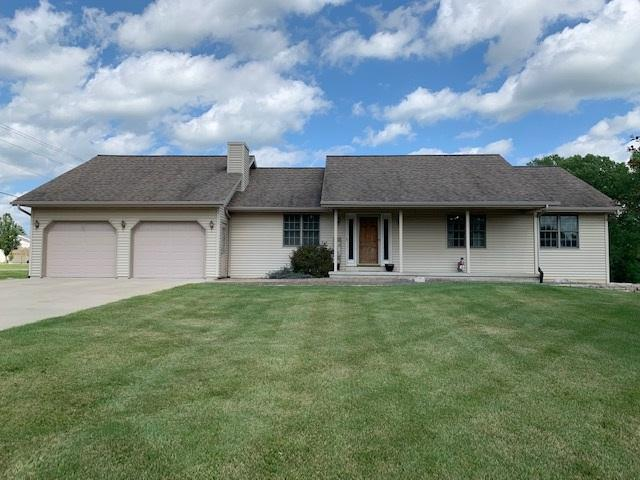 267 Willow Creek Road, Rosendale, WI 54974 (#50207347) :: Dallaire Realty