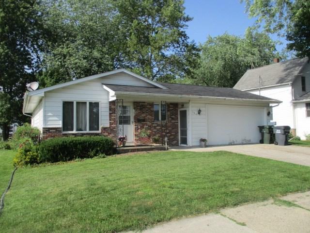 141 Robbins Street, Seymour, WI 54165 (#50208056) :: Symes Realty, LLC