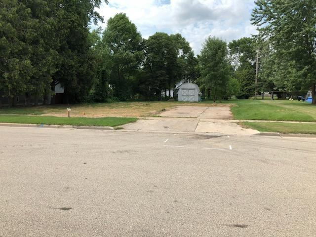 445 Jefferson Street, Oconto, WI 54153 (#50208251) :: Dallaire Realty