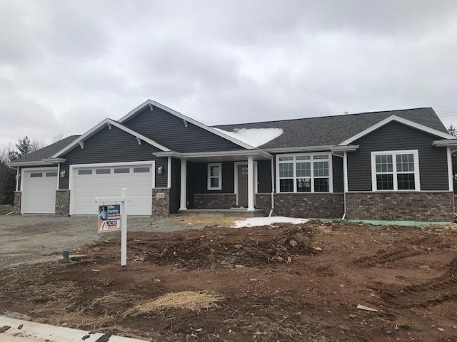 W6110 Rawley Point Drive, Greenville, WI 54942 (#50208566) :: Dallaire Realty