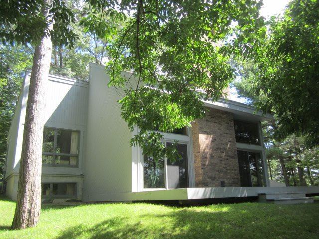W7740 Fernwood Drive, Menominee, MI 49858 (#50208739) :: Todd Wiese Homeselling System, Inc.