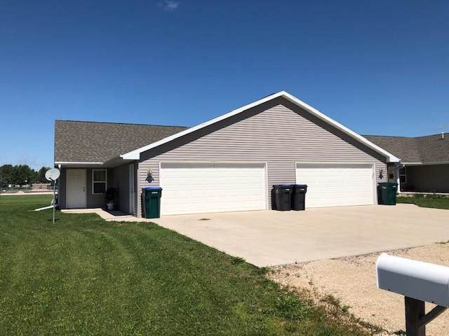 392 Pagel Avenue, Brillion, WI 54110 (#50211281) :: Dallaire Realty