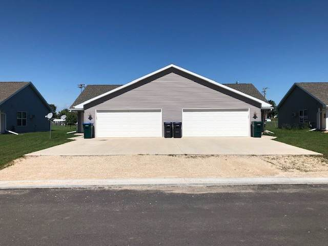 404 Pagel Avenue, Brillion, WI 54110 (#50211284) :: Dallaire Realty
