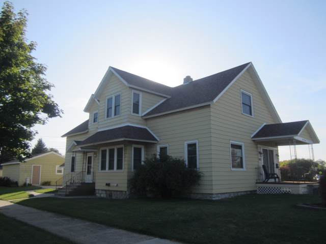 903 Water Street, Marinette, WI 54143 (#50212269) :: Symes Realty, LLC