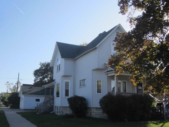 1501 16TH Avenue, Menominee, MI 49858 (#50212471) :: Symes Realty, LLC