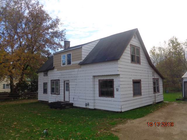 290 N Main Street, Clintonville, WI 54929 (#50212930) :: Dallaire Realty