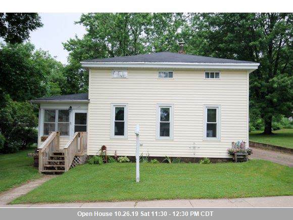 145 S State Street, Berlin, WI 54923 (#50213011) :: Todd Wiese Homeselling System, Inc.