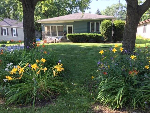 957 Pierce Avenue, Oshkosh, WI 54902 (#50213161) :: Todd Wiese Homeselling System, Inc.