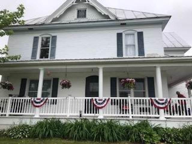 N7603 Hwy T, Bear Creek, WI 54922 (#50214049) :: Todd Wiese Homeselling System, Inc.