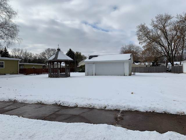 2201 Mt Vernon Street, Oshkosh, WI 54901 (#50214127) :: Dallaire Realty