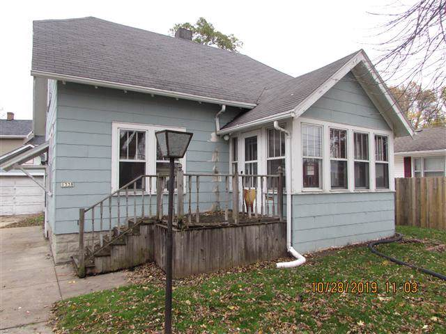 1338 W Bent Avenue, Oshkosh, WI 54901 (#50214149) :: Todd Wiese Homeselling System, Inc.