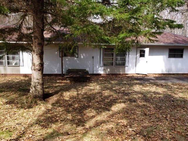 15940 Vernon Way, Crivitz, WI 54114 (#50214235) :: Todd Wiese Homeselling System, Inc.