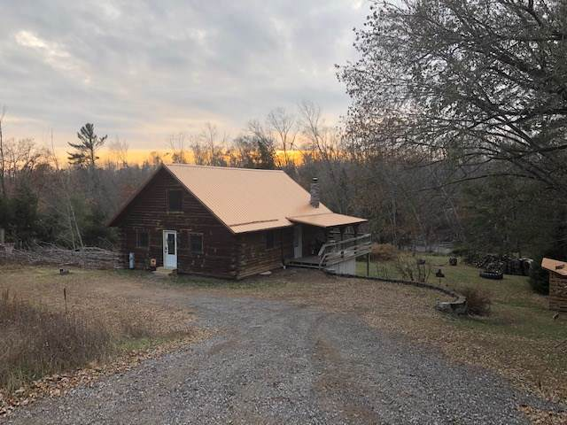 12175 Depot Rapids Lane, Mountain, WI 54149 (#50214535) :: Todd Wiese Homeselling System, Inc.