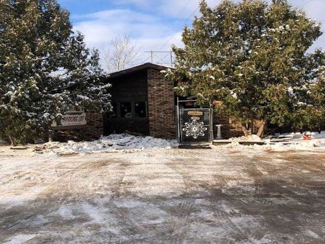 3432 Minnesota Avenue, Stevens Point, WI 54481 (#50214906) :: Todd Wiese Homeselling System, Inc.