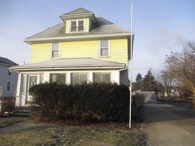 506 Morse Street, Waupun, WI 53963 (#50215290) :: Todd Wiese Homeselling System, Inc.