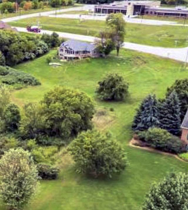 3583 Dickinson Road, De Pere, WI 54115 (#50215473) :: Todd Wiese Homeselling System, Inc.