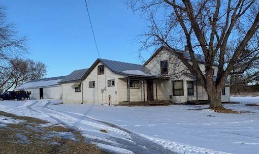 10294 Hwy D, Almond, WI 54909 (#50215815) :: Todd Wiese Homeselling System, Inc.