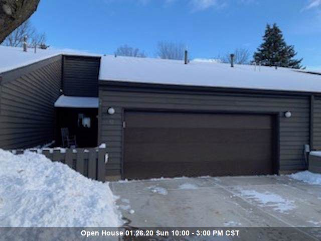 32 Webster Heights Drive, Green Bay, WI 54301 (#50216471) :: Todd Wiese Homeselling System, Inc.