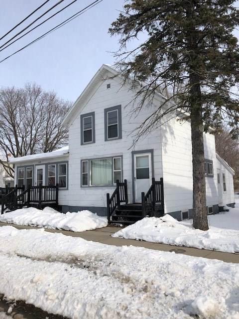 408 Brazeau Avenue, Oconto, WI 54153 (#50217384) :: Todd Wiese Homeselling System, Inc.
