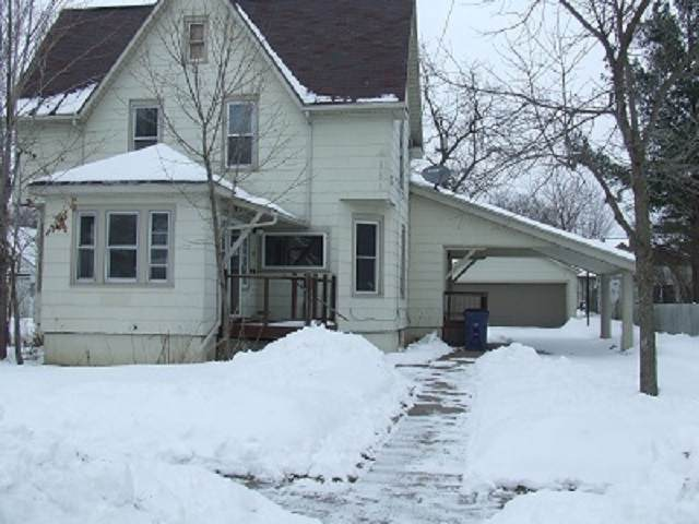 88 9TH Street, Clintonville, WI 54929 (#50217781) :: Todd Wiese Homeselling System, Inc.
