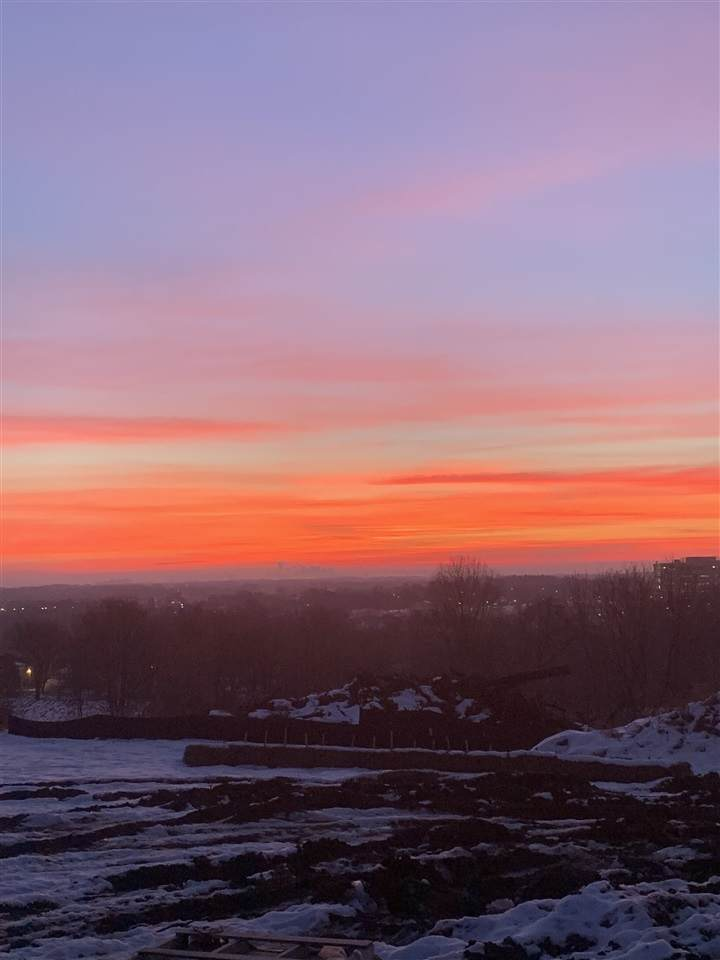 682 Lincoln Ridge - Photo 1