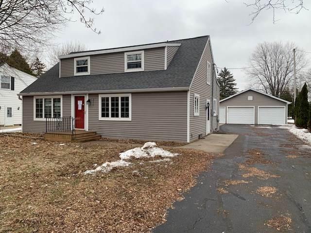 2516 Barbara Avenue, Appleton, WI 54915 (#50219445) :: Todd Wiese Homeselling System, Inc.