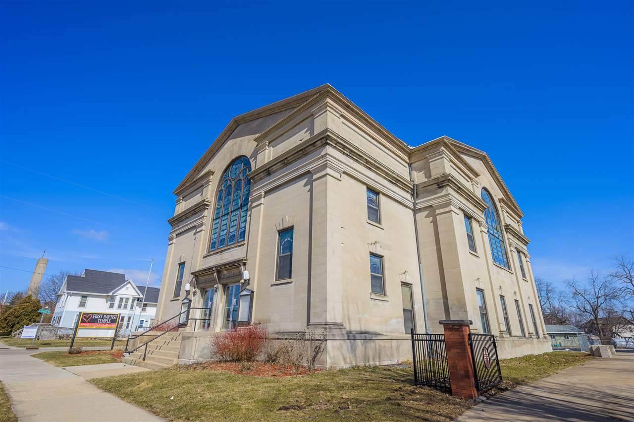 138 Church Avenue - Photo 1