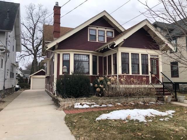 1267 Merritt Avenue, Oshkosh, WI 54901 (#50219979) :: Todd Wiese Homeselling System, Inc.