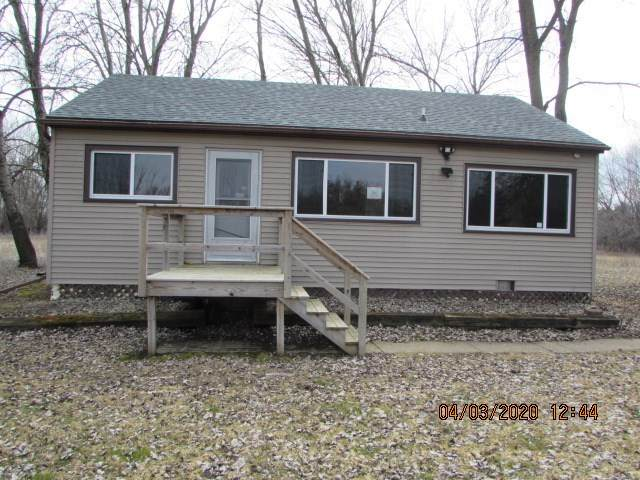 8073 Channel Lane, Omro, WI 54963 (#50220086) :: Todd Wiese Homeselling System, Inc.